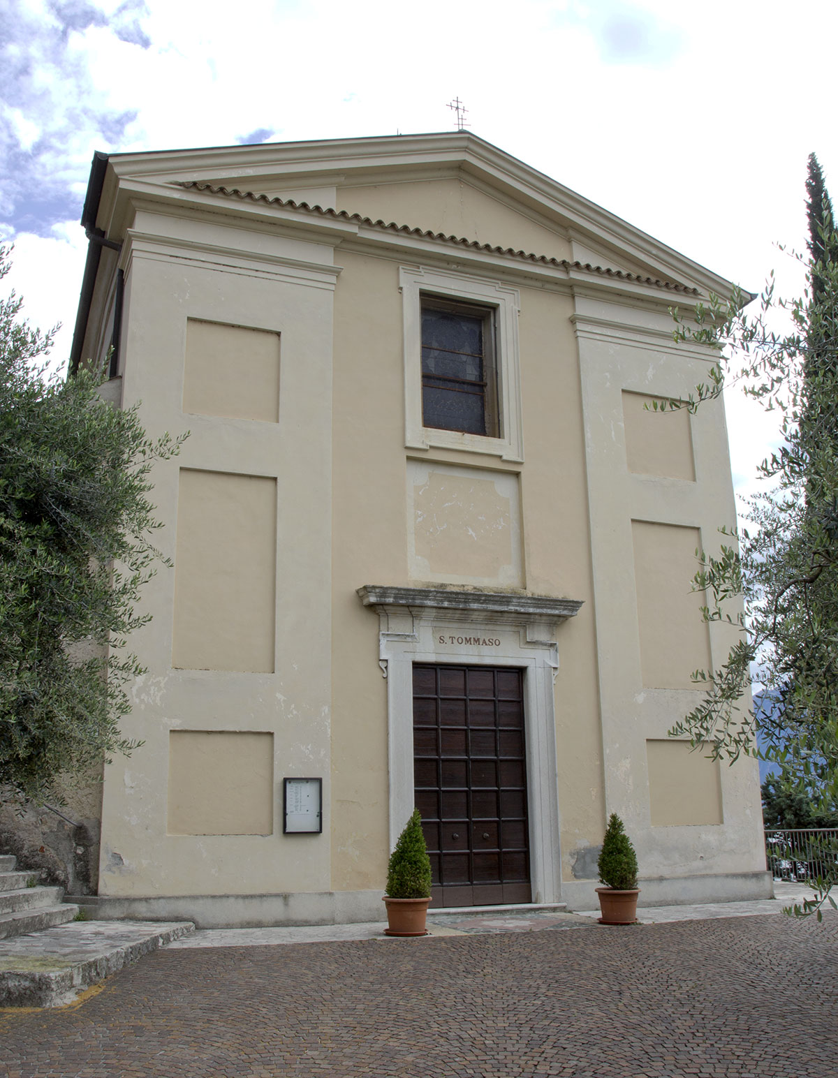 The Church of Saint Thomas in Villa di Gargnano